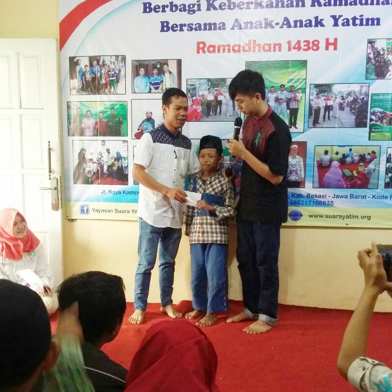 Kunjungan Komunitas Pencinta Yatim, Santunan dan 'Bukber' Bersama Anak-Anak Yatim